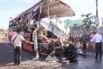 Video: Toàn cảnh vụ tai nạn thảm khốc khiến 11 người chết ở Gia Lai