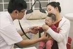 Cách đơn giản để trẻ không mắc viêm đường hô hấp khi giao mùa