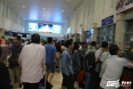 Mùng 2 Tết: Sân bay Tân Sơn Nhất vẫn cháy vé