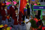 Clip: Đoàn Thể thao Việt Nam diễu hành tại lễ khai mạc Olympic Rio 2016