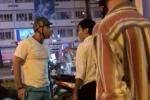 Video: Ông Tây hùng hổ bẻ gương, đánh tài xế taxi sau va chạm giao thông