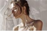 Ngắm vẻ gợi cảm của người mẫu 19 tuổi được nhiều thương hiệu thời trang săn đón