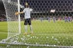 Fan Italia rải mưa tiền tẩy chay Gianluigi Donnarumma