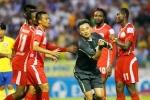 Trọng tài Champions League về V-League thổi: Coi chừng cái... alo
