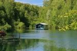 Nhà cabin nổi trên mặt nước gây ấn tượng mạnh
