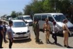 Xử phạt khách Trung Quốc tông thẳng ô tô vào cảnh sát giao thông