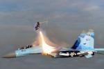 Phi công nhảy dù khỏi máy bay Su-30MK gặp nạn thế nào?