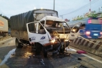 Tách xe tải khỏi đuôi container lấy thi thể tài xế ở Sài Gòn