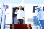 Tổng thống Philippines đến sân bay Nội Bài, bắt đầu chuyến thăm Việt Nam