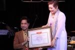 Bộ Công thương yêu cầu đơn vị trao bằng giáo sư âm nhạc cho Ngọc Sơn giải trình