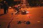 Phóng xe máy tốc độ cao, 2 thanh niên nguy kịch