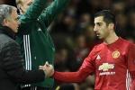 Henrikh Mkhitaryan đập tan sự bảo thủ của Mourinho