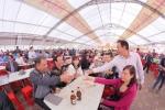Lễ hội bia Hà Nội 'nóng bừng' giữa tiết trời đầu đông