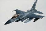 Tiêm kích F-16 Mỹ bay diễn tập cách biên giới Triều Tiên 16 km