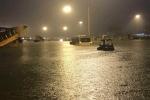Sân bay Tân Sơn Nhất ngập nặng, hơn 70 chuyến bay bị ảnh hưởng