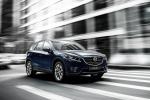 Bất chấp thị trường ế ẩm, Mazda CX-5 tiêu thụ gần 2.000 xe