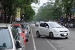 'Toát mồ hôi' với giá gửi xe ô tô gần 5 triệu đồng/tháng ở Hà Nội