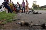 Xe 4 chỗ 'bay' xuống ruộng sau tai nạn liên hoàn, tài xế thiệt mạng