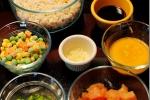 Cách làm món cơm chiên gà 'ăn là mê' chỉ với nguyên liệu là cơm nguội