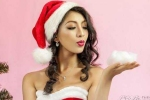 Hot girl Hà thành khoe vai trần quyến rũ trong bộ ảnh đón Noel