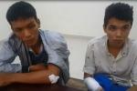 Giật điện thoại trên phố, 2 tên cướp bị đánh 'thừa sống thiếu chết'