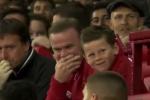 Rooney cười khẩy khi chứng kiến trò hề của Depay