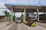 Dân đưa ô tô phản đối, trạm BOT Cầu Rác giảm 100% giá vé