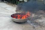 Giếng nước bỗng nổi váng đen kịt, đốt bốc cháy ngùn ngụt