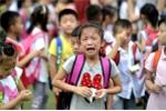 Nhiều học sinh lớp 1 bị sang chấn tâm lý do… không dám đi vệ sinh