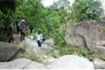 Phát hiện thi thể phụ nữ  lõa thể dưới suối ở Nghệ An