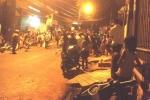 Côn đồ đâm gục 2 người đàn ông trong quán karaoke ở Đồng Nai