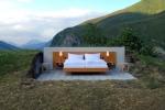 Phòng khách sạn 4,5 triệu đồng ngủ giữa đồng không mông quạnh, không tường xung quanh gây sốt