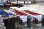 Tạm giữ khẩn cấp 3 tàu khách trái phép trên vịnh Hạ Long