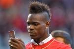 Balotelli tếu táo đáp trả chỉ trích từ Liverpool