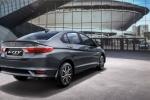 4 'chiến binh' mới ra mắt thị trường ô tô tháng 6