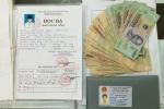 CSGT trả lại 20 triệu đồng đánh rơi cho tân sinh viên đi nhập học