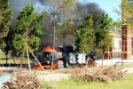 Xe bán tải Mazda cháy trơ khung trước cổng Viện kiểm sát