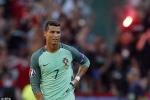 Muốn giúp Ronaldo, hãy tiếp tục chê bai, chỉ trích