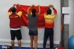 Thầy trò Ánh Viên treo cờ Tổ quốc trước mỗi buổi tập Olympic