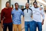 'Bộ tứ siêu đẳng' được nhận vào đại học hàng đầu nước Mỹ