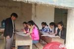 Lớp học đặc biệt của thầy giáo khuyết tật giữa vùng rốn lũ Hà Tĩnh