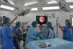 Phẫu thuật ca bệnh bé 6 tuổi bị polyp vùng kín suốt 2 năm