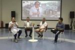 Phó hiệu trưởng ĐH Hoa Sen mặc quần đùi giảng dạy khiến dân mạng tranh cãi