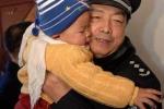 Cảnh sát Trung Quốc giải cứu 64 trẻ em bị chính bố mẹ ruột bán