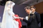 Đàm Vĩnh Hưng đeo nhẫn cưới cho Võ Hoàng Yến