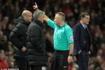 Tại sao Mourinho bị truất quyền chỉ đạo?