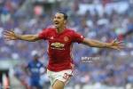 Ibrahimovic lập công, Man Utd giành siêu cúp Anh