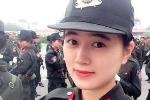 Nữ sinh cảnh sát tài sắc khiến bao chàng trai mê mẩn
