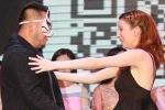Tỷ phú Trung Quốc thuê diễn viên khiêu dâm làm trợ lý riêng
