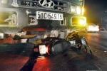 Vượt đèn đỏ tông chết người, tài xế bị đánh nhừ tử